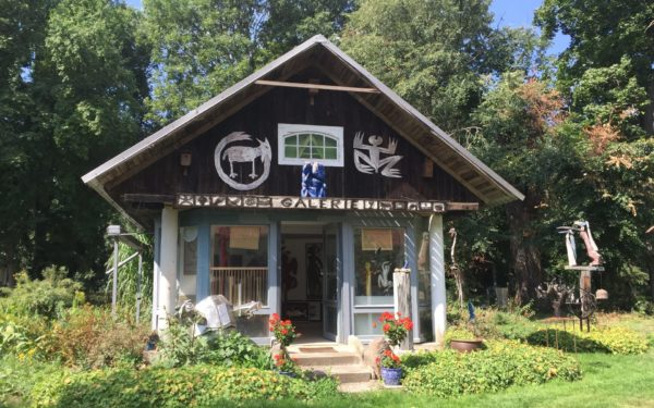Kunsttour Karwe - Das Galerie Häuschen im Garten